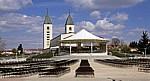 Gebetsstätte bei der St.-Jakobus-Kirche - Medjugorje