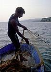 Fischer beim Einholen des Netzes - Behramkale