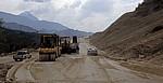 Zwischen Përmet und Gjirokastër: Straßenbau - Albanien