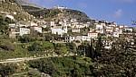 Ort zwischen Sarandë und Vlorë - Albanische Riviera