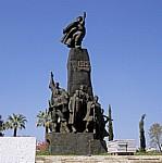 Sheshi i Flamurit: Unabhängigkeitsdenkmal - Vlora