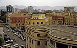Blick vom Uhrturm: Sheshi Skanderbeg (Skanderbeg-Platz): Regierungsgebäude - Tirana
