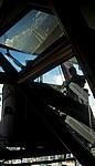 Blick vom Menara Kuala Lumpur: Fensterputzer bei der Arbeit - Kuala Lumpur