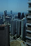 Blick von der Skybridge der Petronas Towers - Kuala Lumpur