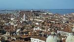 Blick vom Campanile: In der Bildmitte oben Santi Giovanni e Paolo - Venedig