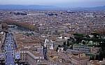 Petersdom: Blick von der Kuppel auf die Innenstadt - Vatikan