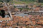 Blick vom Castello Malaspina (Serravalle): Kathedrale dell' Immacolata, Alte Steinbrücke über den Fiume Temo - Bosa