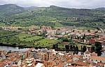 Blick vom Castello Malaspina (Serravalle): Kathedrale dell' Immacolata (rechts), Fiume Temo - Bosa