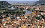 Blick vom Castello Malaspina (Serravalle): Fiume Temo, Bosa Marina, Mittelmeer - Bosa