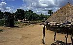 Anwesen eines Subsistenzbauern - Sussundenga