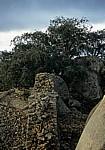 Akropolis (Bergruine): Steinmauer - Great Zimbabwe Ruins