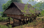 Karen-Dorf: Traditionelles Haus - Doi Inthanon-Nationalpark