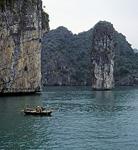 Kleines Fischerboot - Halong Bay
