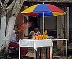 Verkaufsstand mit Obst - Agua Azul