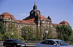 Blick von der Carolabrücke auf die Sächsische Staatskanzlei - Dresden