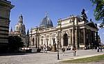 Innere Altstadt: Blick vom Brühlschen Garten auf Frauenkirche und Ausstellungsgebäude - Dresden