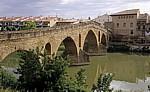 Puente la Reina über den Fluß Arga - Puente la Reina