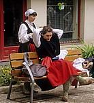 """Fest """"Virgen del Puy"""": Die Tänzerinnen legen ihre Trachten an - Estella"""
