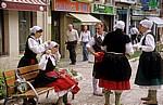 """Fest """"Virgen del Puy"""": Die Tänzer legen ihre Trachten an - Estella"""