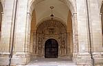 Jakobsweg (Camino Francés): Iglesia de Santa María - Kirchenportal  - Los Arcos