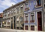 Jakobsweg (Caminho Português): Hausfassaden mit Azulejos - Porto