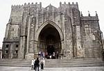 La Catedral de Santa María de Tui (Kathedrale Santa María): Westfassade mit dem Hauptportal - Tui