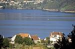 Jakobsweg (Caminho Português): In der Ferne Fischer bei der Arbeit - Ría de Vigo