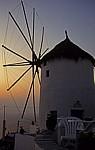 Windmühle im Abendlicht - Oia
