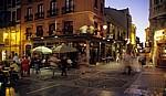 Altstadt: Calle del Conde Luna / Calle de Cervantes bei Nacht - León