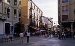 Altstadt: Blick von der Plaza de Regia in die Calle Ancha - León