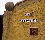 Jakobsweg (Camino Francés): Verzierungen an einem Haus - Chozas de Abajo