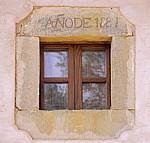 Jakobsweg (Camino Francés): Holzfenster - El Ganso