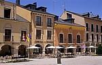 Jakobsweg (Camino Francés): Plaza del Ayuntamiento - Cafés - Ponferrada