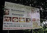 Jakobsweg (Camino Francés): Alles für den Pilger – Werbetafel für Massagen etc. - Sarria
