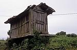 Jakobsweg (Camino Francés): Hórreo (Getreidespeicher) - Boente