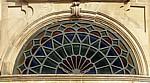 Jakobsweg (Caminho Português): Santuario de la Virgen de la Peregrina - Fenster mit Jakobsmuschel - Pontevedra
