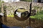 Jakobsweg (Caminho Português): Ponte de Bermaña über den Río Bermaña - Caldas de Reis