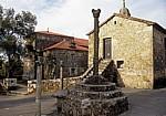 Jakobsweg (Caminho Português): Wegekreuze - Carracedo