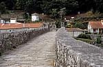 Jakobsweg (Camino a Fisterra): Ponte Maceira (Mittelalterliche Brücke) - Ponte Maceira