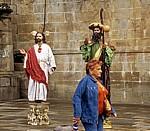 Altstadt: Plaza del Obradoiro – Straßenkünstler (Lebende Statuen) - Santiago de Compostela