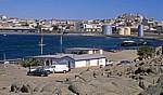 Blick von der Haifischinsel auf den Roberthafen und den Ort Lüderitz - Lüderitz