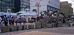Post Street Mall: Meteoriten-Denkmal (Teile des Gibeon-Meteoriten) - Windhoek