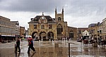 Cathedral Square: Peterborough Guildhall - Peterborough
