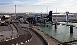 Fähre Dünkirchen - Dover: Blick von der Fähre auf den Terminal Roulier du Port Ouest - Dünkirchen