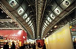 Messegelände: Dachkonstruktion einer Messehalle - Frankfurt/Main