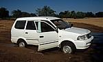 Ombuku Rivier: Festgefahrener Pkw - Okongwati
