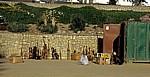 Am Zoll Street: Warenlager für den Souvenir-Markt - Swakopmund