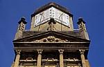 Gonville and Caius College: Gate of Honour - Sonnenuhr - Cambridge