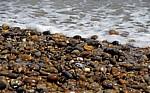 Wasser trifft auf Kieselstrand - Aldeburgh