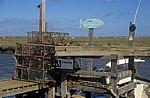 Morston Quay: Anleger mit Krabbenreusen - Morston